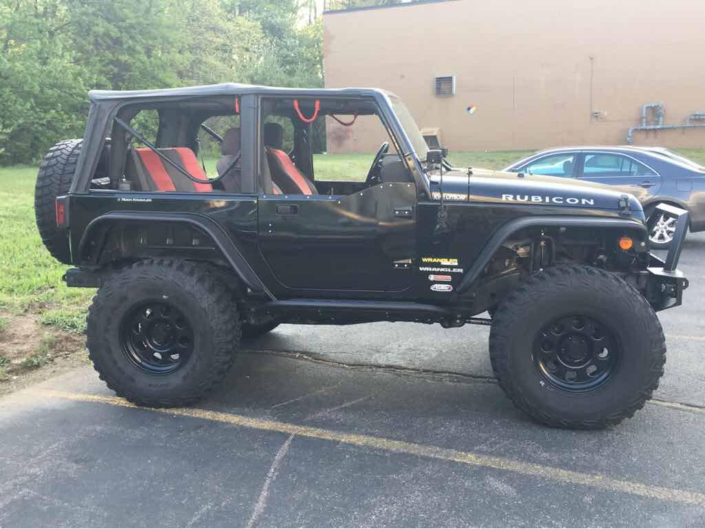 """Rock Krawler Progressive 3.5/"""" Rear Coil Springs Jeep Wrangler JK RK02002"""