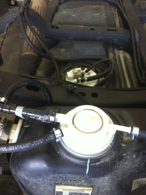 evap line coming from gas tank snapped help jkowners com attached images