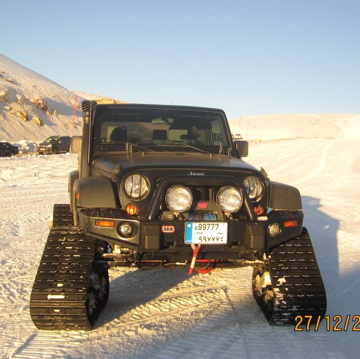 Finaly Got My Mattracks Installed On The Rub Jkowners Com Jeep