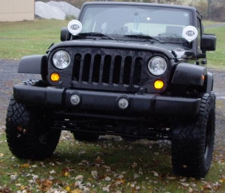 Name:  Installing new tires 010.JPG Views: 654 Size:  121.8 KB