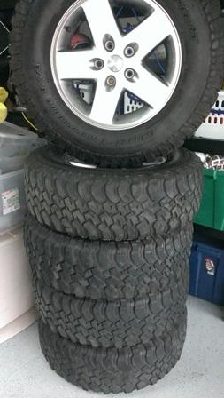 Name:  jeep tires 1.jpg Views: 329 Size:  53.4 KB