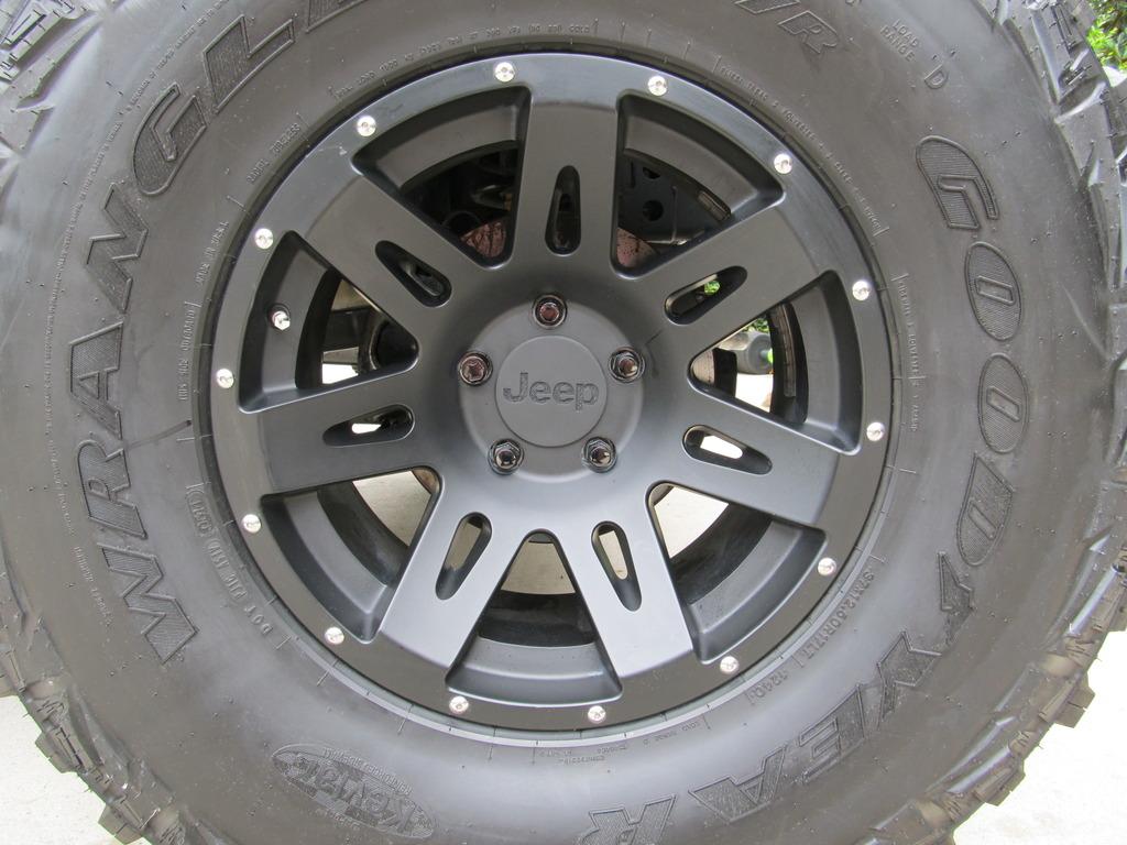 Quot Jeep Quot Rugged Ridge Wheel Center Caps Interest