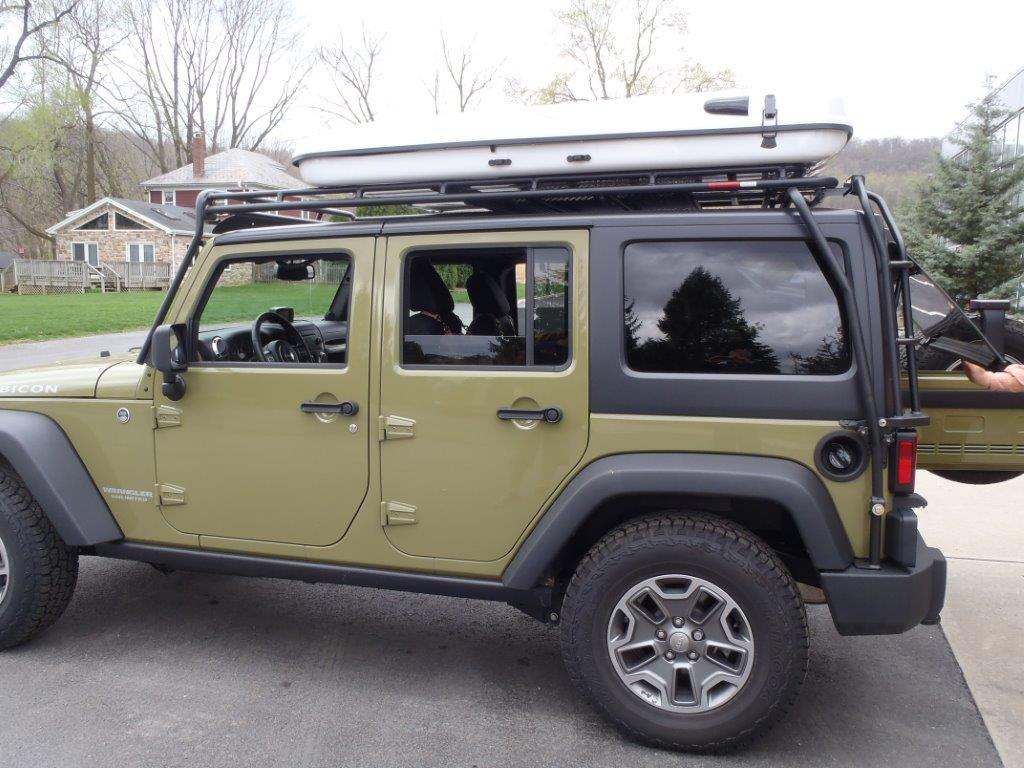 My Jeeps Here S The Ultimate Rooftop Tent Could You Make Something That Use A Safari Type Roof Rack As Foundation