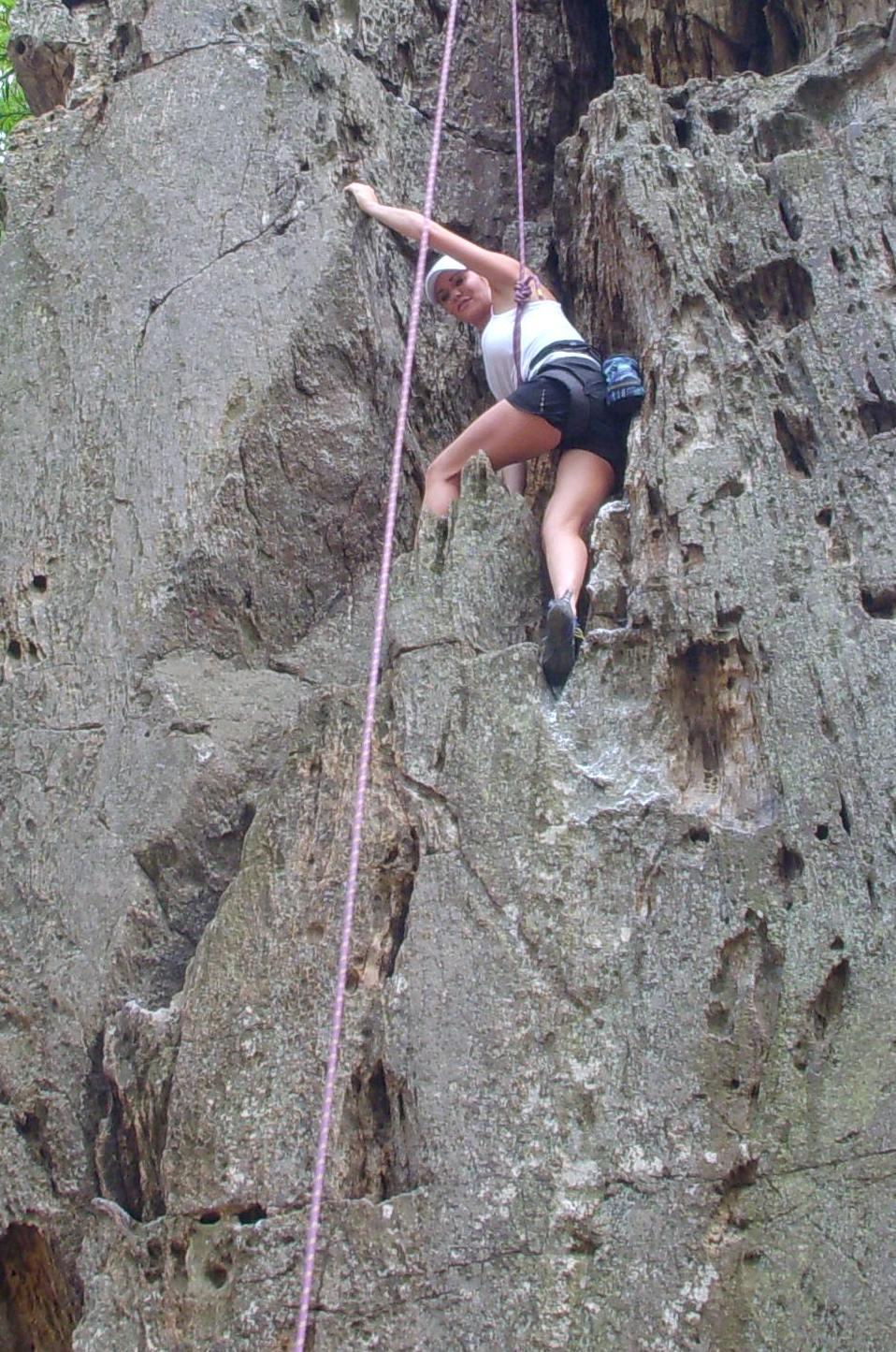 Name:  rock climbing 015.jpg Views: 1869 Size:  279.8 KB